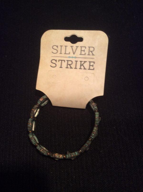 Silver Strike Bracelet DLB0376PT
